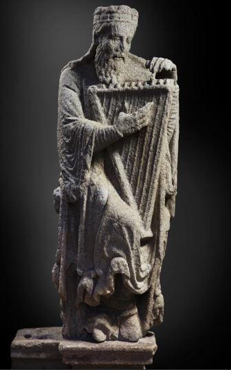 """""""David/ Salomón"""" (Maestro Mateo, h. 1188) © Madrid, Museo Nacional Del Prado. Disponible en: http://www.museodelprado.es"""